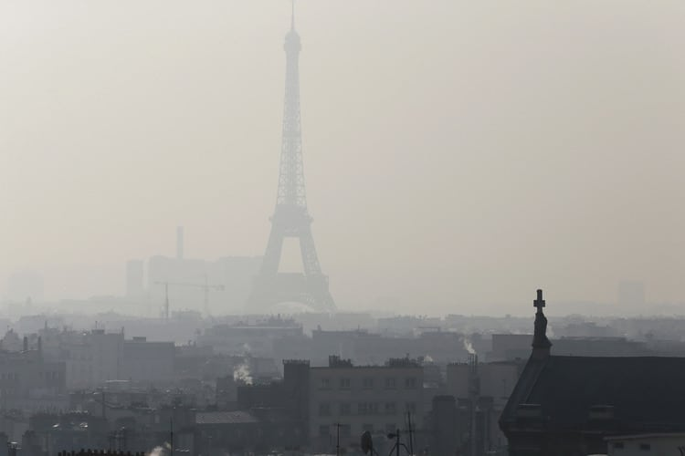 Famed Parisian landmarks such as the Eiffel Tower have been increasingly obscured in recent years by oppressive smog. source: http://www.bloomberg.com/news/articles/2015-06-19/paris-smog-obscuring-eiffel-tower-threatens-diesel-car-dominance